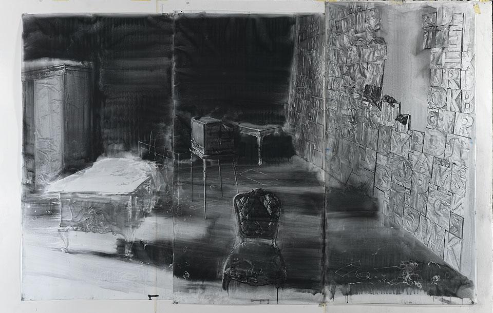 Julio-Vaquero-dibujo-largas-sombras-sobre-la-pared-de-oro